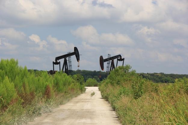 oils wells on wildlife refuge